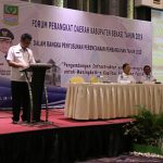 Asda II Kabupaten Bekasi membacakan sambutan Plt Bupati Bekasi.