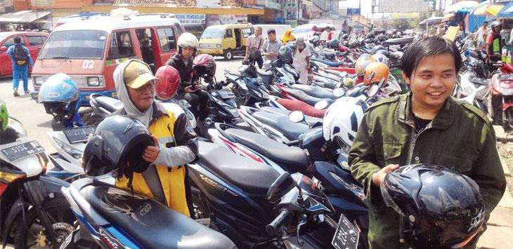 Salah satu tempat parkir yang dikelola Dinas Perhubungan Kabupaten Purwakarta. Gani/Radar Karawang
