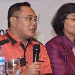 Plt Bupati Bekasi beri sambutan di kegiatan rakor gugus tugas kabupaten layak anak.