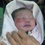 Ada Suara Tangisan, Ternyata Bayi Mungil Tergeletak di Belakang Rumah Warga Kayu Ringin