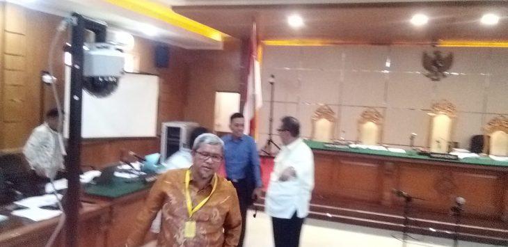 Mantan Gubernur Jabar Aher di Pengadilan Tipikor Bandung (arif)