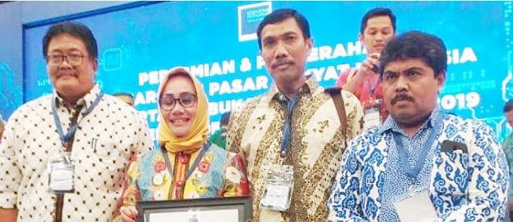 Pemkot Cirebon Dapat Pasar Rakyat Award, Langsung Janji Tumbuhkan Kemandirian Pasar./Foto: Istimewa