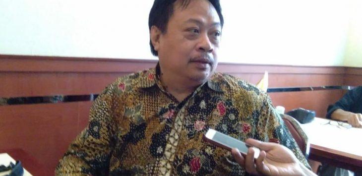 Jubir BPN Prabowo-Sandi Jabar, Rhadar Tri Handoko, saat memberikan keterangan isu 02 tidak Pro Pancasila. Alwi/pojokjabar