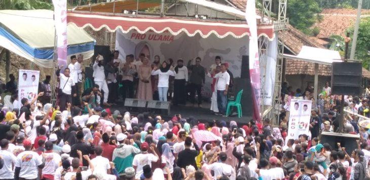 Ribuan masyarakat padati acara deklarasi Pro Ulama untuk Jokowi-Amin. Indra/pojokjabar