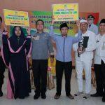 Guru majelis taklim mendapat bantuan dari Pemkab Bekasi.