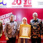 Bank BJB saat menerima penghargaan dari Rakyat Merdeka (ist)