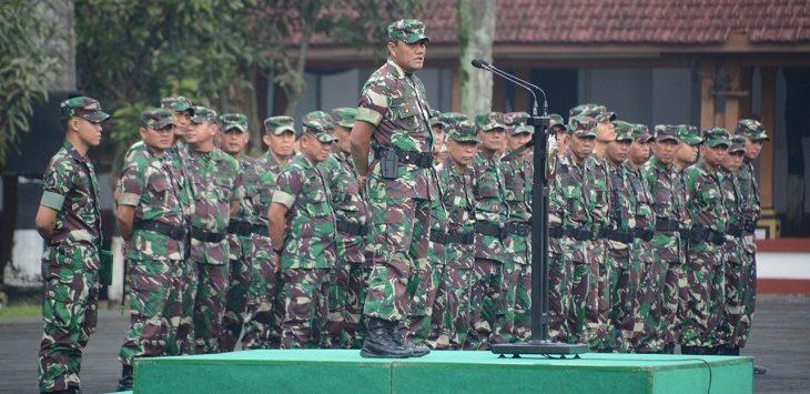 Apel Siaga I di Lapangan Upacara Makodam III/Siliwangi Jalan Aceh No. 69, Kota Bandung, Jumat (19/4)./Foto: Arief