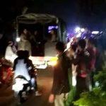 Detik-detik Polisi Tahan Diri, Baliho Prabowo-Sandi Tak Turun di Cileungsi