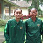 Helsya Maeisyaro (kiri) & Diah Ayu Puspitaningrum (rishad)