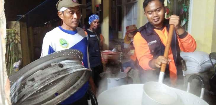 5 Kecamatan di Indramayu Terendam, Kemensos Kirimkan Logistik Untuk Warga Terdampak