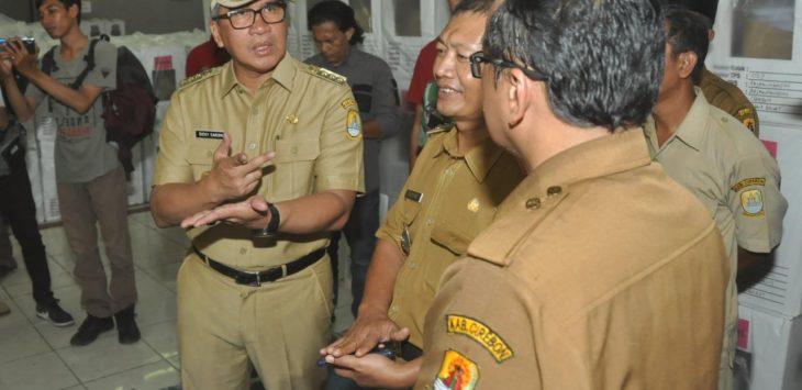Pj Bupati Cirebon beserta unsur Forkopimda lainnya memantau kesiapan Pemilu tahun 2019. Kirno/pojokjabar