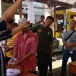 Penghitungan suara DPRD Jawa Barat di TPS 01 Desa Bangodua, Kecamatan Klangenan, Kabupaten Cirebon. Alwi/pojokjabar
