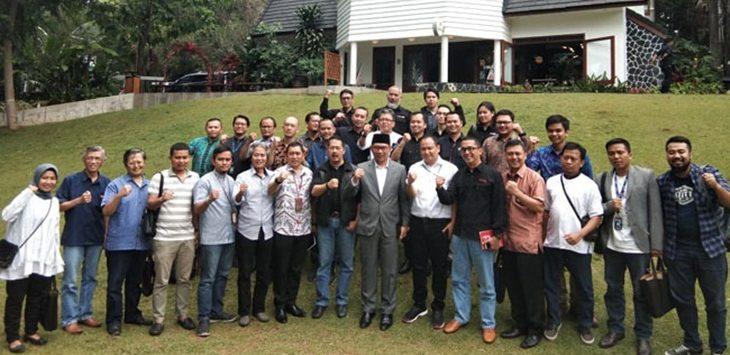 Ridwan Kamil bersama para pemred se Jawa Barat./Foto: Rmol