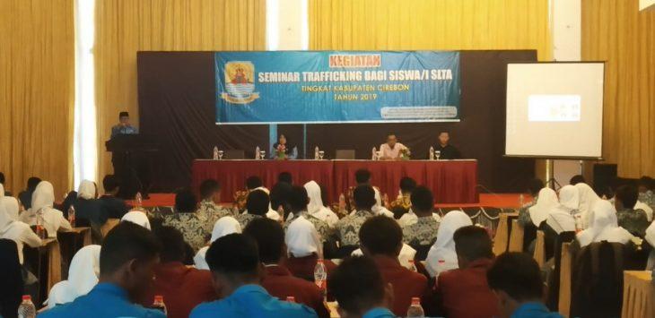 Dppkabp3a gelar seminar trafficking kepada puluhan siswa-siswi SMA. Kirno/pojokjabar
