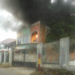 Bangunan yang dilalap api di Desa Bojongkoneng Kab Bogor (ist)