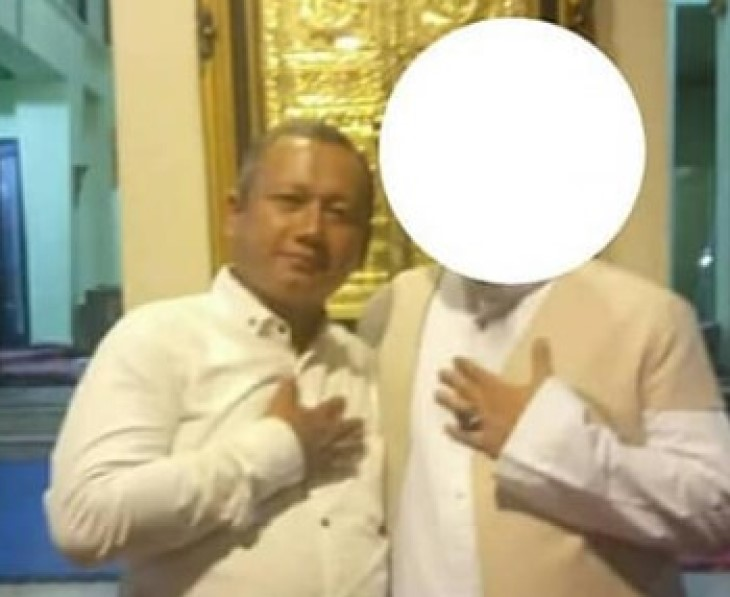 Pria Cirebon tantang Kapolri (kiri)./Foto: Istimewa