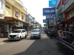 Jalan Panjunan yang  kini dipenuhi toko-toko elektronik. Alwi/pojokjabar