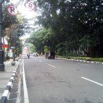 Suasana lengang jalanan Kota Bandung hari pertama Ramadhan (arif)