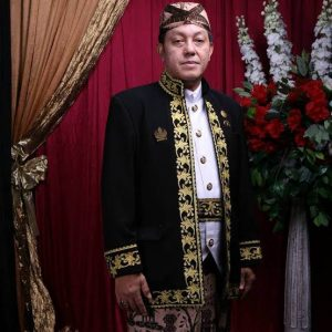 Sultan Keraton Kaprabonan, Dr. Ir. Pangeran Hempi Raja Keprabon MP. Istimewa/pojokjabar