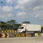 Arus kendaraan dalam tol arah Jawa baru 15 persen, diprediksi akan ada lonjakan arus kendaraan pada 29 Mei. Indra/pojokjabar