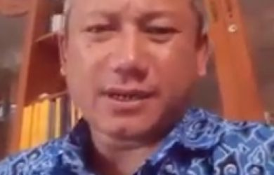 Video Detik-detik Pria Cirebon Tantang Kapolri, Tumbang Karena Stroke