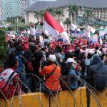 Jurnalis di Bandung Alami Kekerasan Saat Aksi Hari Buruh, Dalih Polisi Mengejutkan