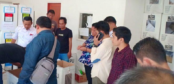 KPU Kabupaten Purwakarta kirim berkas sengketa Pemilu 2019 ke MK./Doto: Rmol