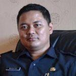 Kabag Humas Pemkab Kuningan, Wahyu Hidayah saat memberikan keterangan kepada wartawan. Ahmad/pojokjabar