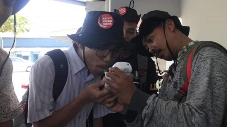 Larangan Merokok di Angkot