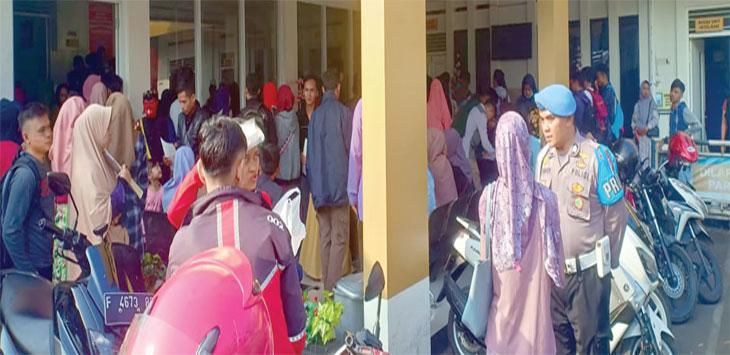 Ratusan warga terlihat berdesak-desakan untuk membuat SKSC Sentra Pelayanan Kepolisian Terpadu (SPKT) Polres Sukabumi Kota, kamis (13/6/19). Radar sukabumi
