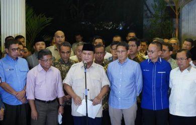 Prabowo- Sandi saat konferensi pers menyikapi putusan MK (ist)