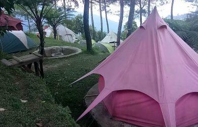 Berjejer, tampak ramai tenda di starcamp ipukan. Ahmad/pojokjabar