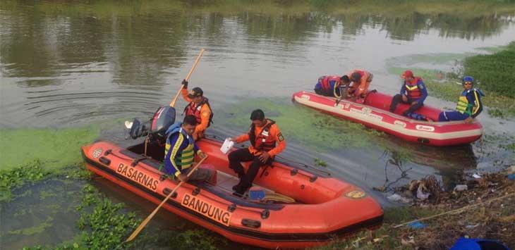 Tim Sar Bandung Lakukan Pencarian Korban