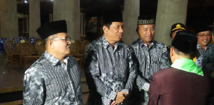 Bupati Indramayu Supendi melepas Calon Haji Kabupaten Indramayu