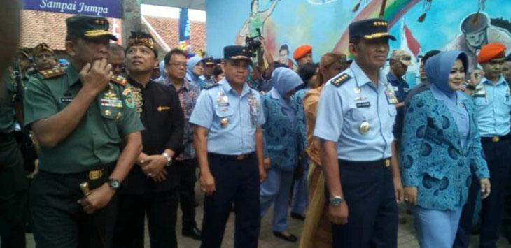 Kasau Tinjau Pelaksanaan Hari Bhakti TNI AU di Nagreg
