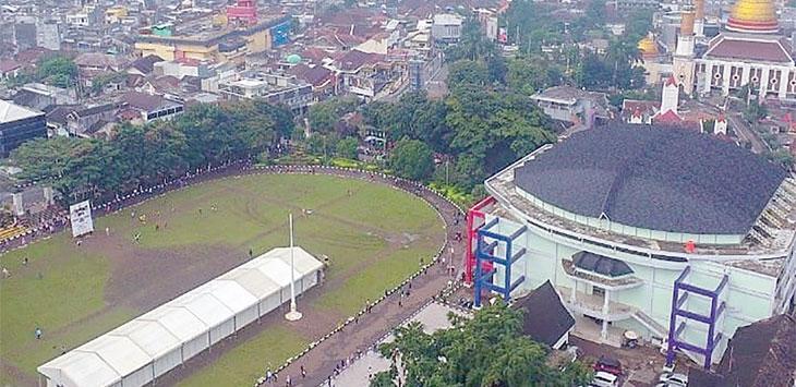 Lapangan Merdeka Kota Sukabumi saat difoto dari atas menggunakan drone. Ist