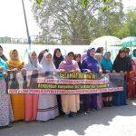 Protes ibu-ibu terdampak pencemaran limbah di Karawang