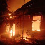 Api hanguskan rumah milik Maskida. Ist/pojokjabar