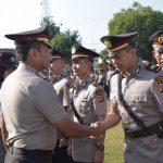 Usai sertijab, Kapolres Cirebon ucapkan selamat. Kirno/pojokjabar