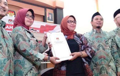 Bupati Bogor Ade Yasin serahkan SK anggota DPRD