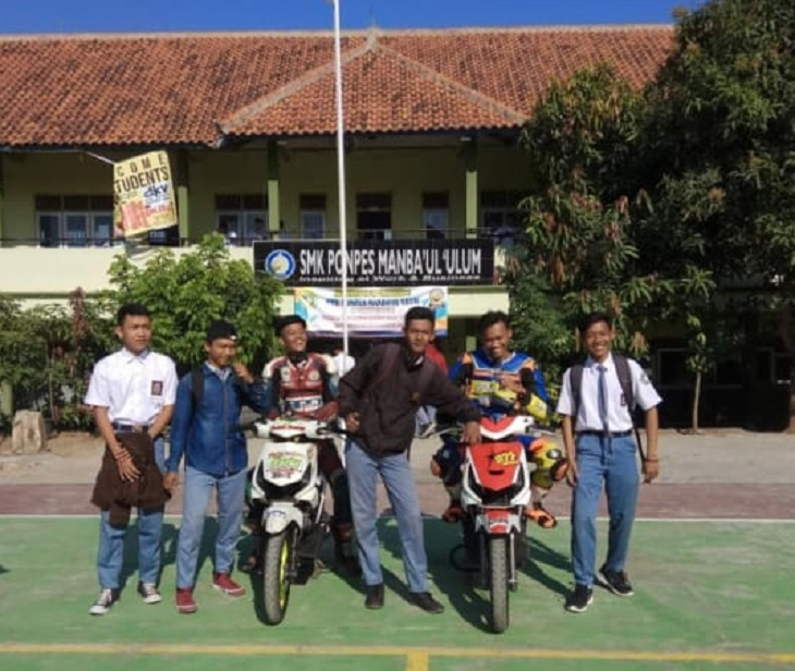 Ekskul balap motor SMK Ponpes Manbaul Ulum Cirebon