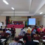 LPM IAIN Syekh Nurjati Cirebon saat menggelar FGD di gedung Pascasarjana Jalan Perjuangan Kota Cirebon. Alwi/pojokjabar