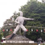 Patung Kapten Muslihat di Taman Topi Kota Bogor (adi)