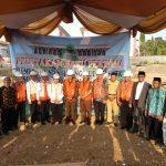Jajaran akademika IAIN Syekh Nurjati Cirebon bersama tamu undangan usai melakukan peletakan batu pertama gedung baru FITK. Alwi/pojokjabar