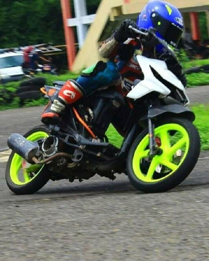 Pembalap Cirebon Ade Hermawan