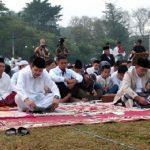 Ridwan Kamil dan Iwa Karniwa Shalat Id di Lapangan Gasibu