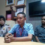 Ridwan siswa SMK yang menolong atau memberi minum polisi terbakar di Cianjur (arf)