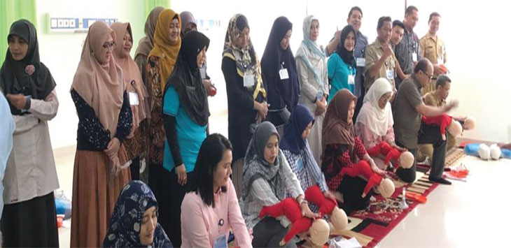 Puluhan dokter umum mengikuti pelatihan advanced Cardiac Life Support (ACLS), di RSUD Kota Depok, Kelurahan/Kecamatan Sawangan. Radar Depok