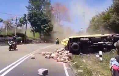 Kecelakaan-di-Tanjakan-Emen