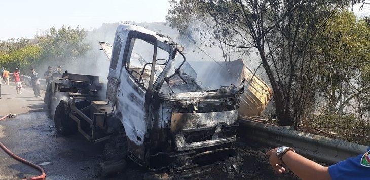 Kecelakaan di Tol Cipularang, Selasa (10/9/2019)./Foto: Istimewa